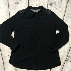 Like New Mossimo Black/lace dress blouse size Lg